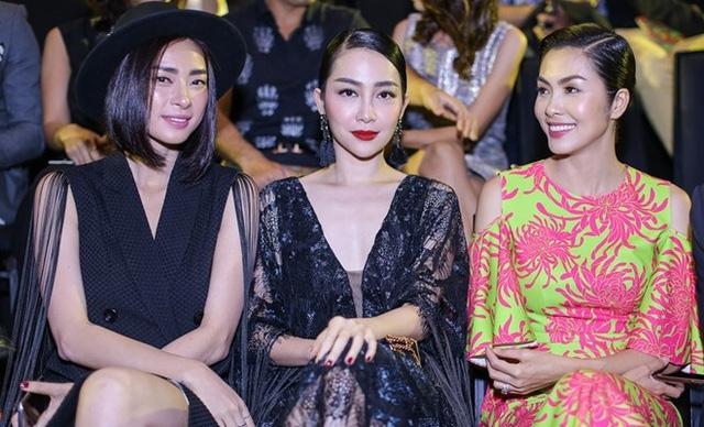 Ngô Thanh Vân (trái) cùng Tăng Thanh Hà, Linh Nga tại sự kiện