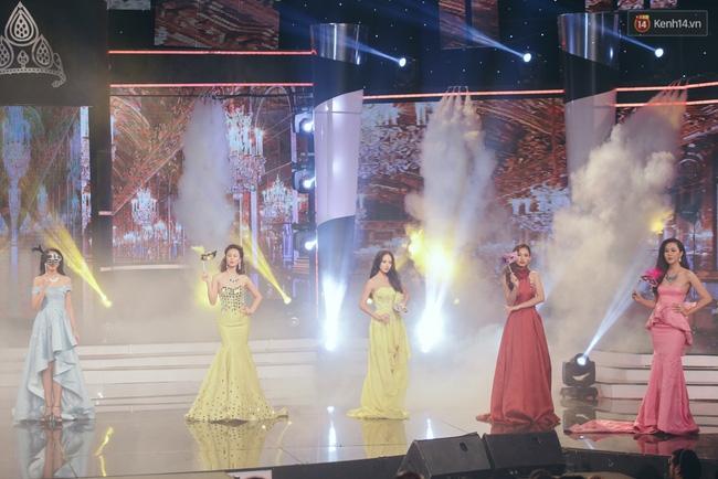 Diệu Ngọc xuất sắc đăng quang Hoa khôi Áo dài Việt Nam 2016 - Ảnh 11.