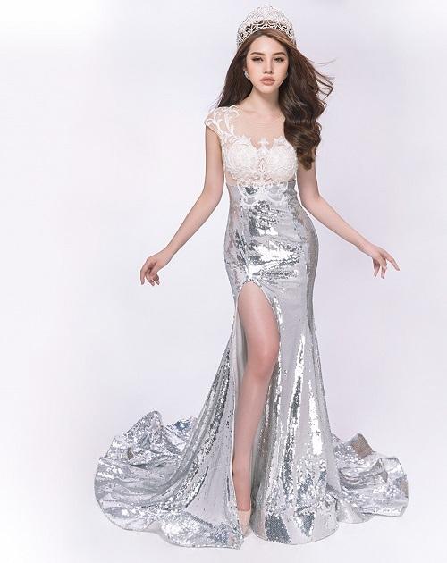 Hoa hậu Jolie Nguyễn gợi cảm với đầm ren mỏng manh - 7