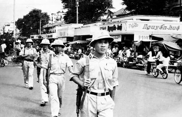 Nhung trang phuc cua luc luong cong an tu nam 1945 den nay hinh anh 4