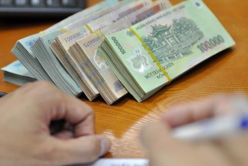 bo-tai-chinh-quyet-doi-co-tuc-tien-mat-tai-bidv-vietinbank