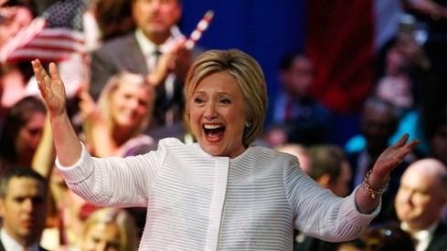 Cô gái âm thầm giúp bà Hillary Clinton tiến tới ghế tổng thống Mỹ - ảnh 1