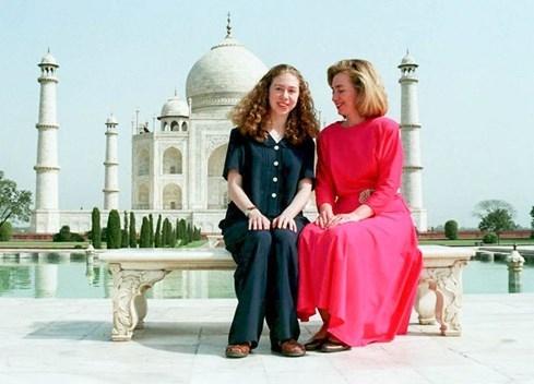 Cô gái âm thầm giúp bà Hillary Clinton tiến tới ghế tổng thống Mỹ - ảnh 3