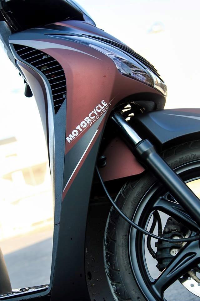 Honda SH 2010 son phoi mau ca tinh o Sai Gon hinh anh 3