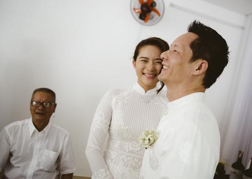 Ảnh đính hôn của Phan Như Thảo và đại gia Đức An.