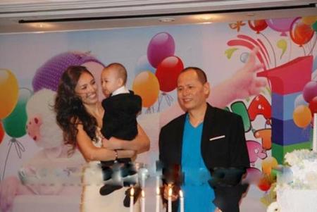 Được biết sau khi sinh hai con, Huỳnh Thanh Tuyền ngày càng xinh đẹp và mặn mà.