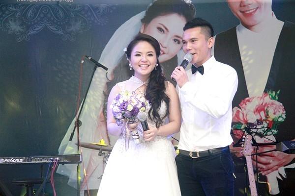 Anh Tú cưới người vợ thứ 3 Lam Trang vào tháng 3/2014 và hứa đây sẽ là lần cuối anh lấy vợ.