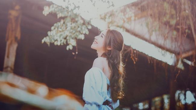 Chán gợi cảm, Elly Trần hóa thân thành nàng Lọ Lem mong manh - Ảnh 2.