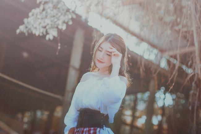 Chán gợi cảm, Elly Trần hóa thân thành nàng Lọ Lem mong manh - Ảnh 4.