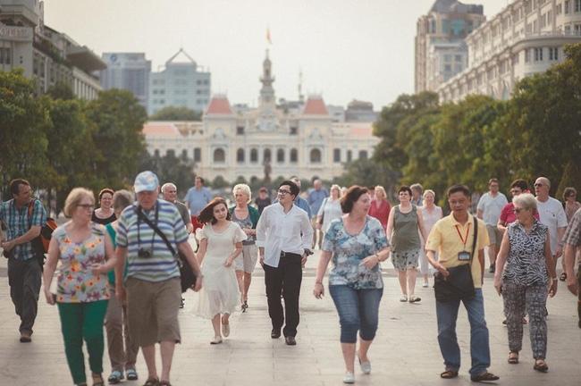 Chọn Việt Nam là nơi chụp ảnh cưới, cặp đôi Thái Lan khiến dân mạng dậy sóng - Ảnh 2.