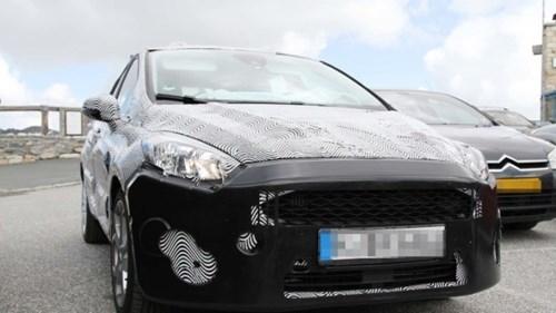 Lộ ảnh Ford Fiesta 2018 thiết kế thay đổi toàn diện - ảnh 1