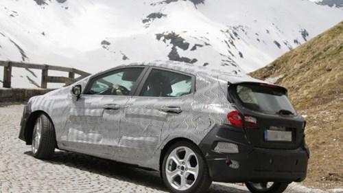 Lộ ảnh Ford Fiesta 2018 thiết kế thay đổi toàn diện - ảnh 2