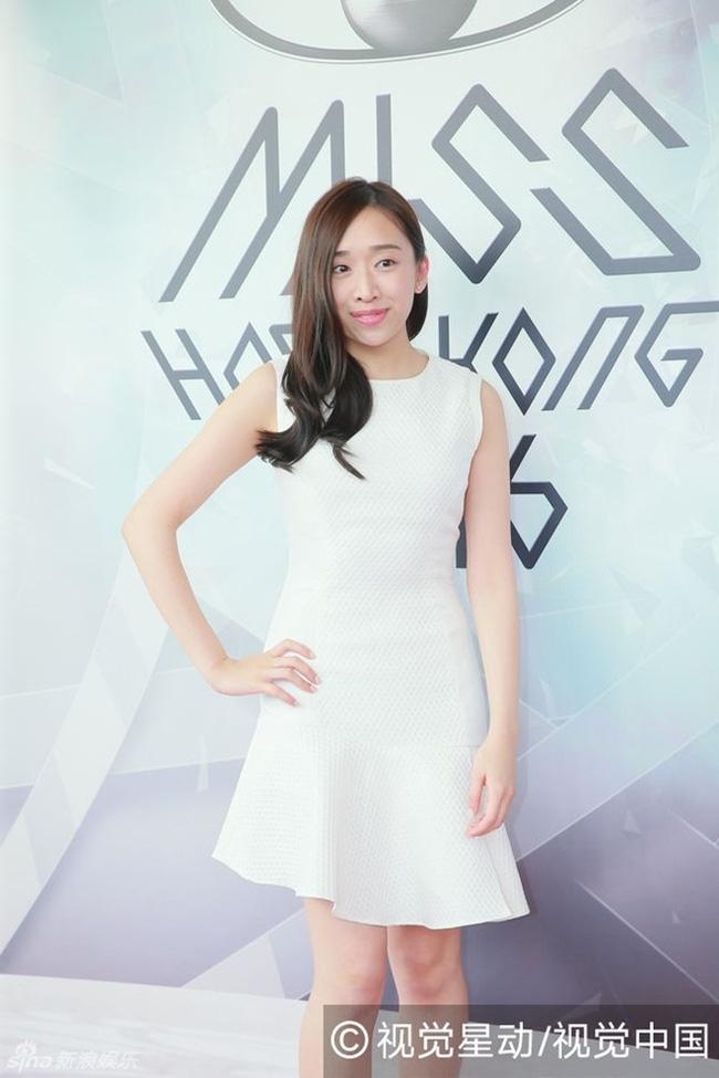 Nhan sắc ứng viên Hoa hậu Hồng Kông 2016 lại bị chê bai hết lời - Ảnh 3.