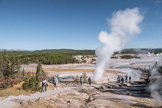 Vườn quốc gia Yellowstone. Ảnh: CDA NEWS