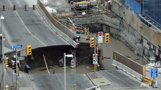 Xuất hiện hố tử thần tại trung tâm thủ đô Canada