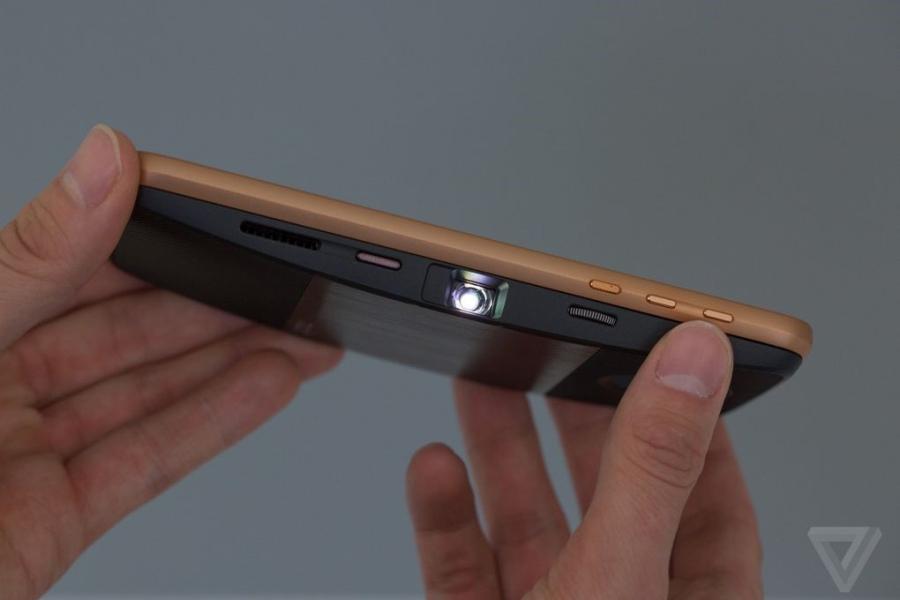 Can canh Moto Z: nang tam smartphone dang thao-lap hinh anh 5