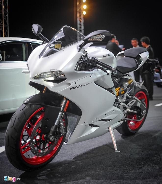 Chi tiet sieu moto Ducati 959 Panigale tai Ha Noi hinh anh 2