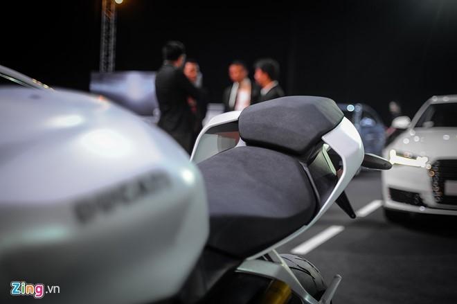 Chi tiet sieu moto Ducati 959 Panigale tai Ha Noi hinh anh 10