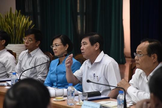 Chủ tịch UBND TP Nguyễn Thành Phong khẳng định mục đích buổi đối thoại này là để lắng nghe, trao đổi những ý kiến, kiến nghị cùng phản ánh của người dân