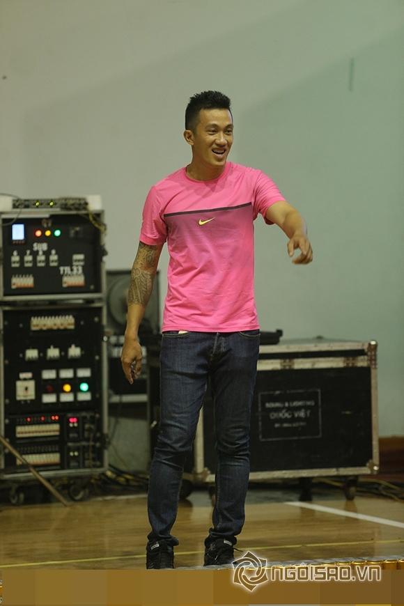Criss Lai phủ nhận quay lại với Hương Giang Idol 0