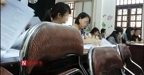 Lộ phao thi có 1-0-2 'ai am tít chờ' của giáo viên Ninh Bình - Ảnh 1