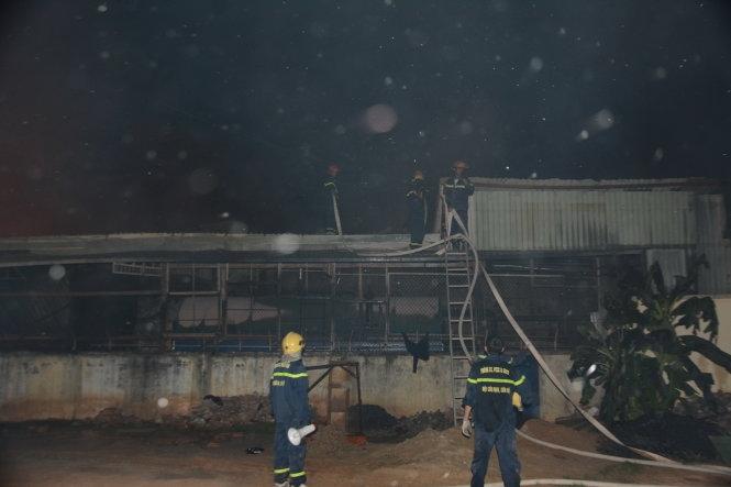 Đang cháy lớn tại khu công nghiệp Trảng Bàng