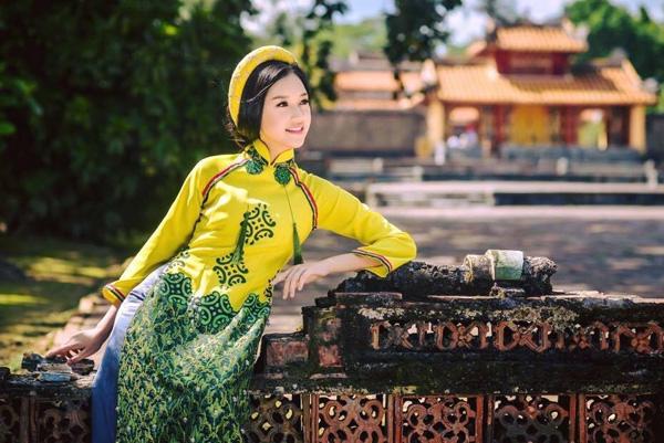 Gặp lại nữ sinh áo dài nổi tiếng nhất xứ Huế tại Hoa hậu Việt Nam 2016 - Ảnh 16.