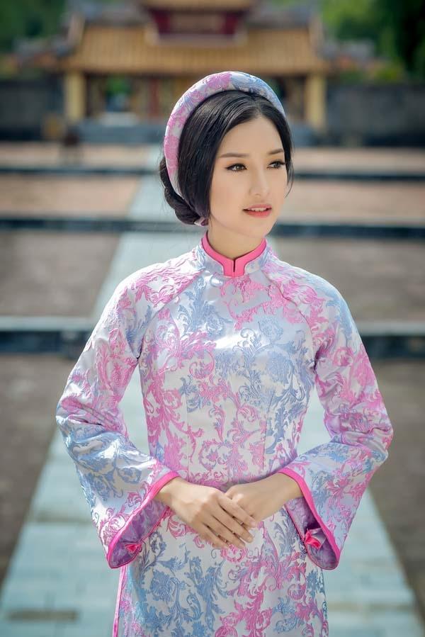 Gặp lại nữ sinh áo dài nổi tiếng nhất xứ Huế tại Hoa hậu Việt Nam 2016 - Ảnh 18.