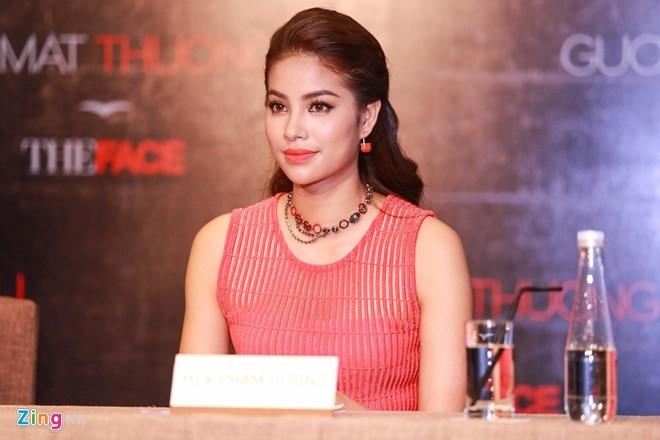 Ha Ho thay Pham Huong khong lep ve tren ghe nong The Face hinh anh 8