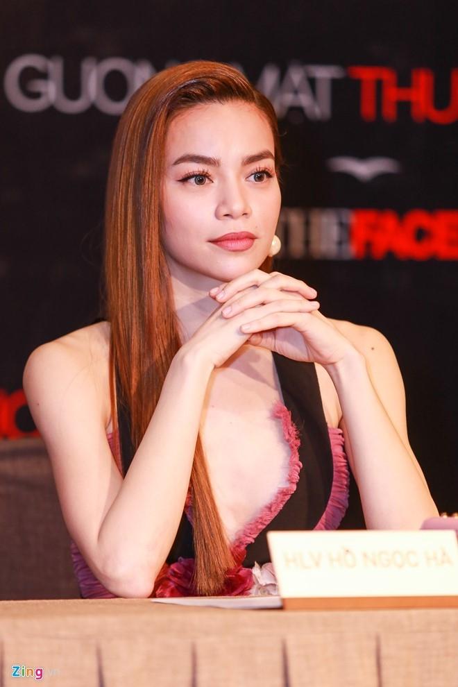Ha Ho thay Pham Huong khong lep ve tren ghe nong The Face hinh anh 9