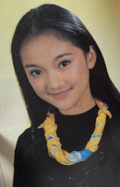 Ngỡ ngàng với nhan sắc Châu Tấn năm 16 tuổi - 13