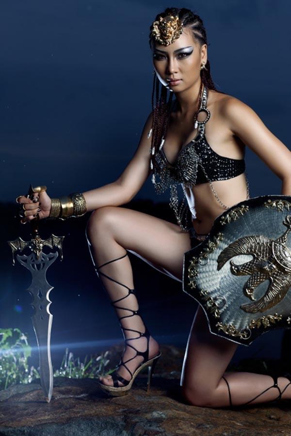 Nhan sắc bạn gái hơn tuổi của người mẫu Trương Nam Thành - Ảnh 2.