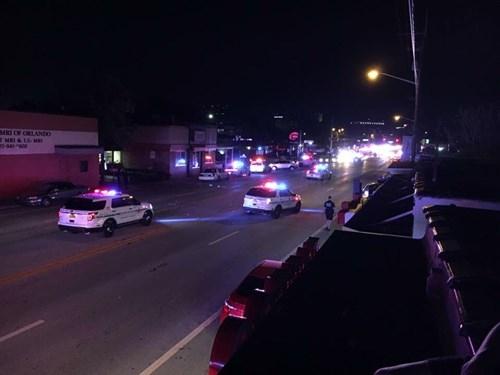 Xả súng điên cuồng vào hộp đêm ở Mỹ, 20 người trúng đạn - ảnh 3