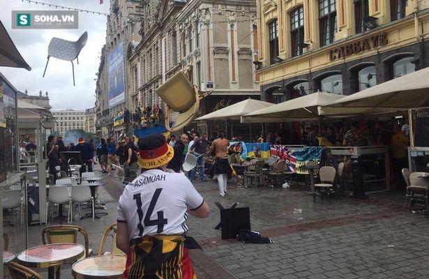 Fan Đức và Ukraine biến đường phố Pháp thành chiến trường - Ảnh 1.