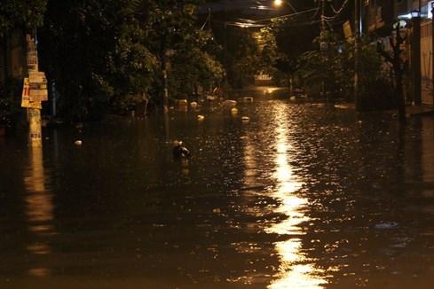 Khu hẻm 158, đường Phan Anh, Q. Bình Tân thường xuyên chìm trong biển nước
