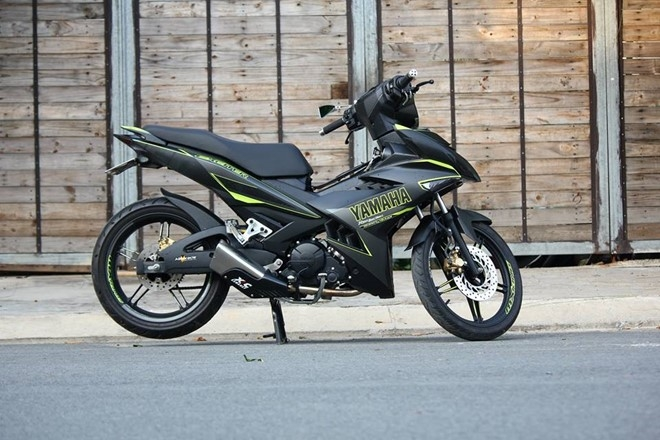 Exciter 150 phoi mau the thao cua biker Sai Gon hinh anh 5