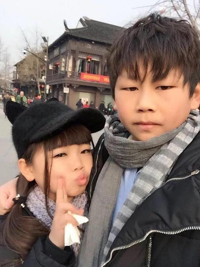 Sự thật bất ngờ về cặp vợ chồng trẻ con với gương mặt búng ra sữa - Ảnh 5.