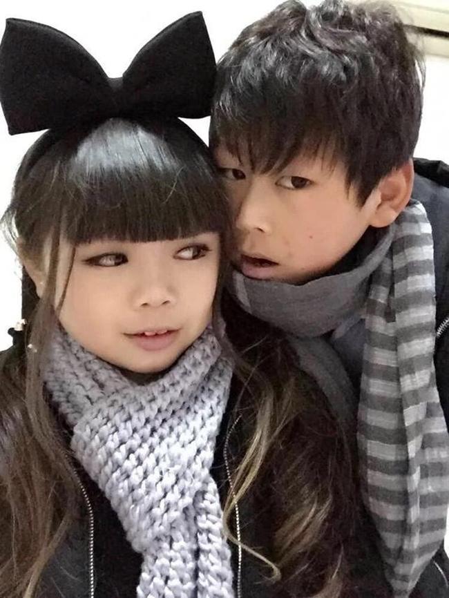Sự thật bất ngờ về cặp vợ chồng trẻ con với gương mặt búng ra sữa - Ảnh 6.