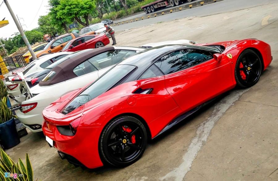 Dan Ferrari cua dai gia Sai Gon di bao duong hinh anh 3