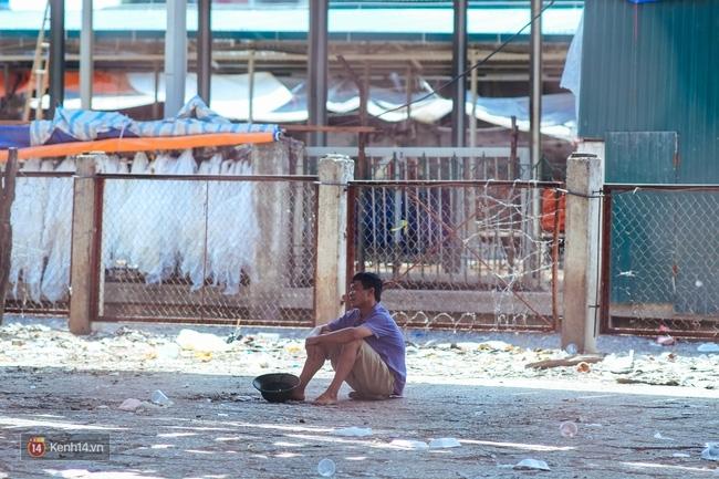 Hà Nội: Có những nơi mà người ta chẳng còn sợ cái nắng nóng 40 độ C - Ảnh 11.