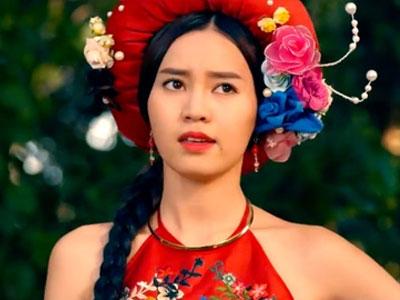 Biến tấu trang phục gây tranh cãi ở phim cổ trang Việt