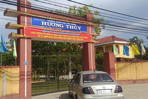 29-hoc-sinh-suyt-khong-duoc-thi-thpt-quoc-gia-vi-no-hoc-phi
