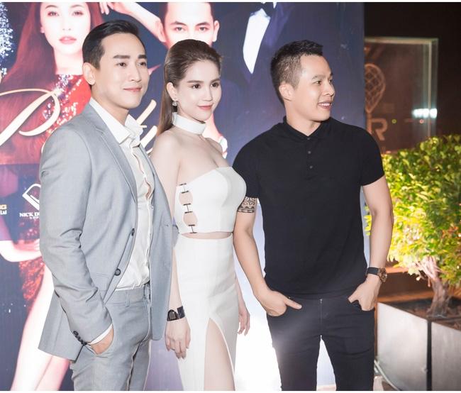 Ngọc Trinh diện cây trắng, tự tin đọ sắc bên hai Hoa hậu Hàn Quốc và Trung Quốc - Ảnh 6.