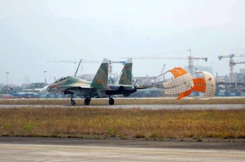 Viet Nam co nen mua linh kien Su-30 tu An Do?