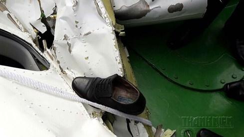 Hình ảnh đầu tiên về mảnh vỡ máy bay tuần thám CASA 212 bị rơi - ảnh 5