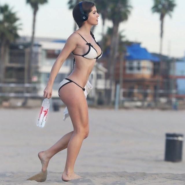 Hot girl tai nang noi tieng cong dong mang hinh anh 8
