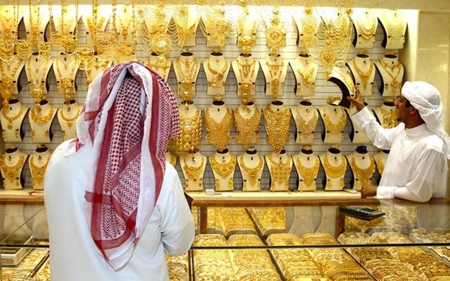 Làm giàu ở Dubai có thực sự dễ dàng như đi ăn mày kiếm bạc tỷ mỗi tháng? - Ảnh 3.