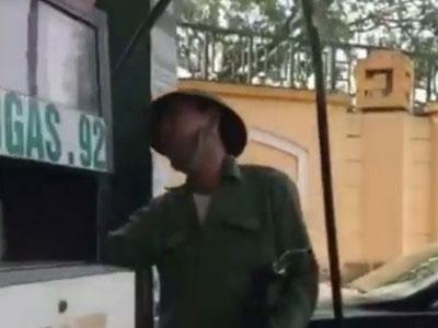 Quản lý trạm xăng ở TP. Vinh: Không có chuyện gian lận của khách 500.000 đồng