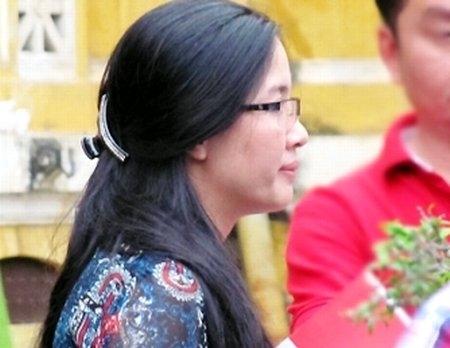 Nữ đại gia bị lừa, nữ doanh nhân, Việt kiều rởm, nữ tỷ phú, Bạch Diệp, Thiên Lý, siêu lừa, Huyền Như