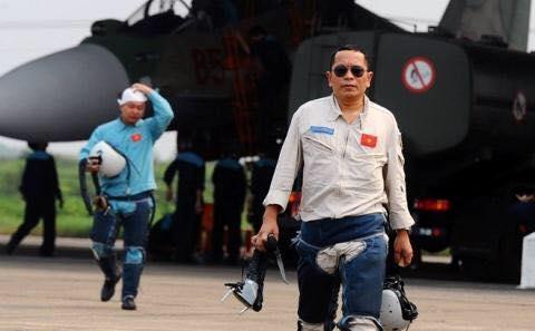 Phi công Trần Quang Khải.